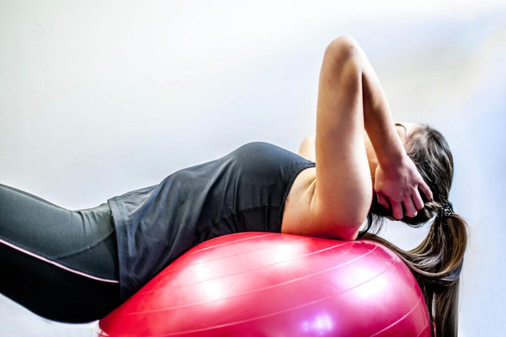 Esercizi posturali: come riportare il proprio corpo in asse